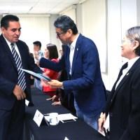 Entregan constancias a 40 nuevos tutores de posgrado en la UMSNH