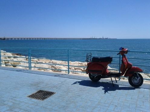A Vespa by the sea, Puglia