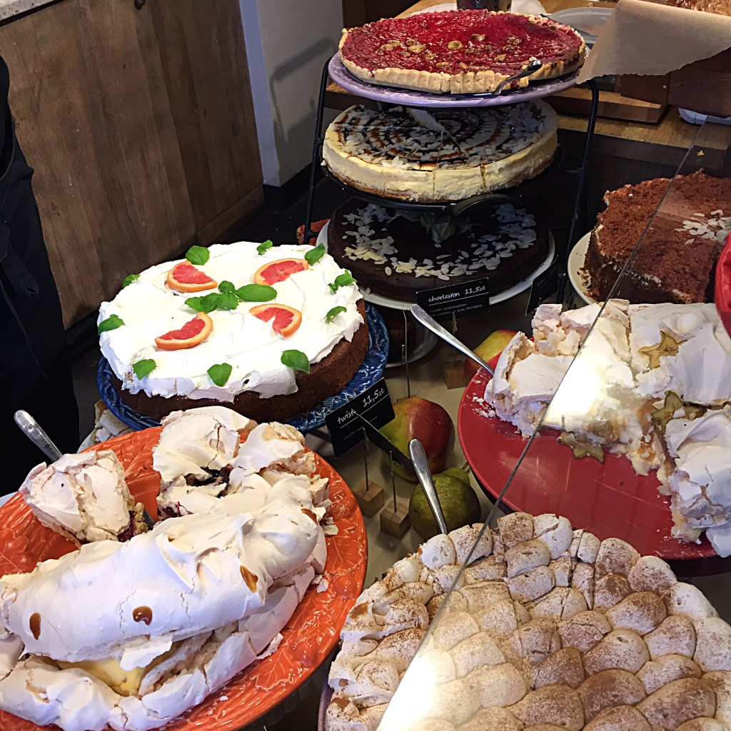 Warsaw Cake Display on Ms. Adventures in Italy