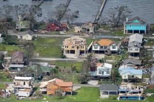 Help Victims of Hurricane Laura