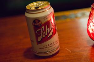 Znaczenie snu puszka po piwie