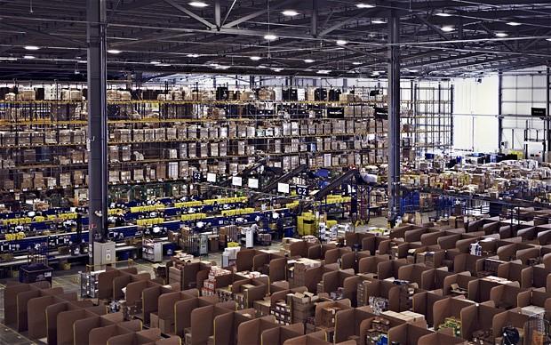 Amazon'un sevkiyat depolarından sadece biri.