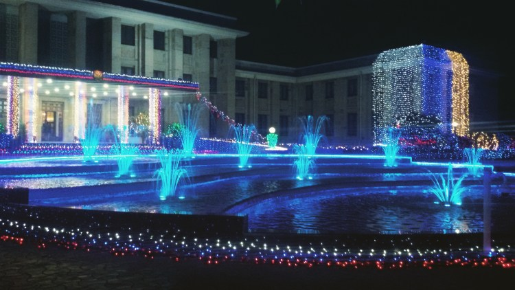 The sparkling fountains at the Russian Embassy