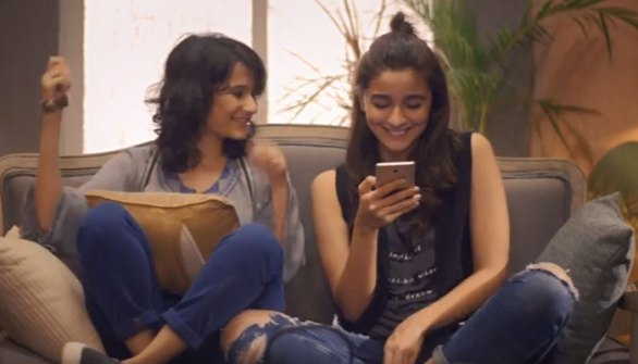 A still from the movie 'Dear Zindagi', where Alia Bhatt uses Tinder to find love. (pic for representation)