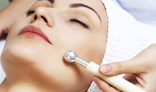Keep Your Skin Happy, Follow These Simple Tips -- A Cosmetologist's Advice For Dummies