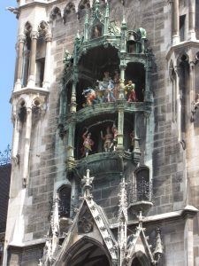 Glockenspiel, Munich, Germany