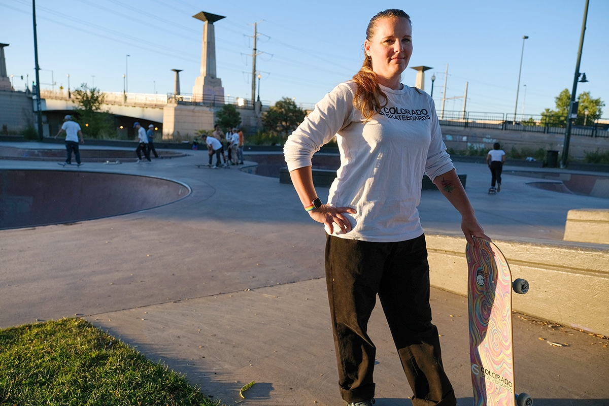"""""""Girls can do it too"""": Nicole Noller shreds gender norms in skateboarding"""