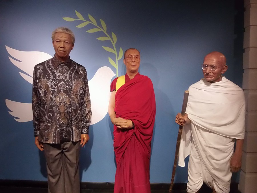 Nelson Mandela, Dalai Lama and Gandhi at Madame Tussauds