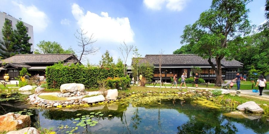 Check out my top 17 best things to do in Chiayi as a solo female traveller.
