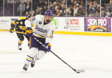 MSU hockey faces off with Lake Superior State at home