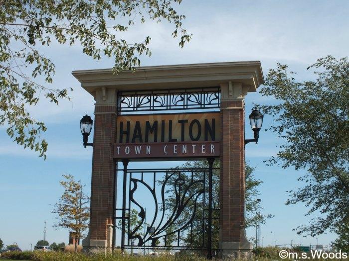 hamilton-town-center-sign