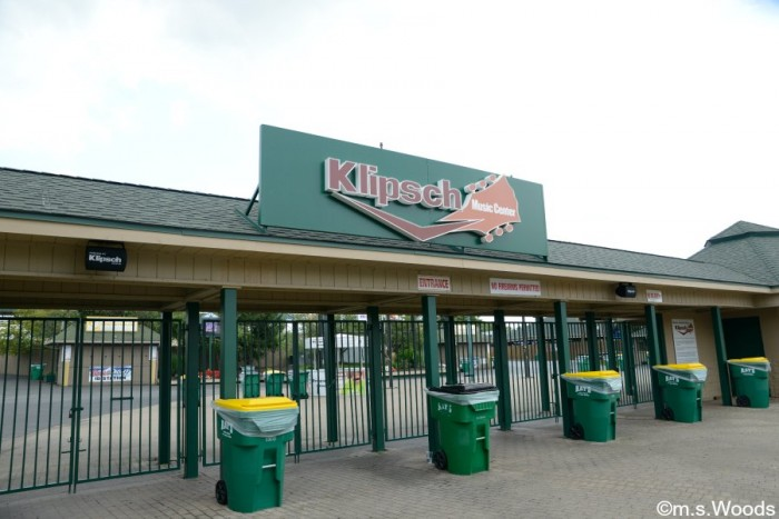 klipsch-music-center-entrance