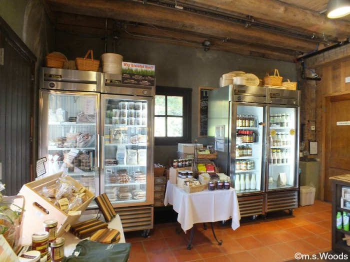 traders-point-creamery-store-zionsville