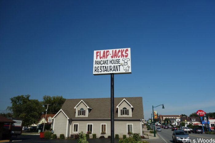 flap-jacks-pancake-house-restaurant-plainfield