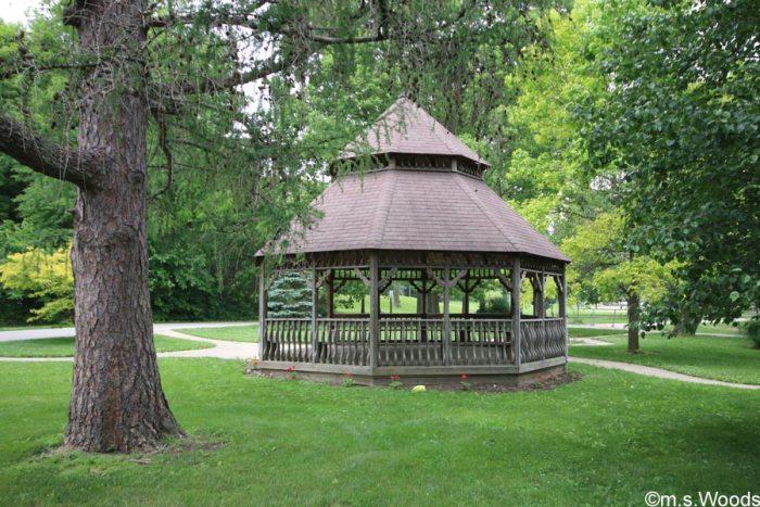 gazebo-at-ellis-park-danville-indiana