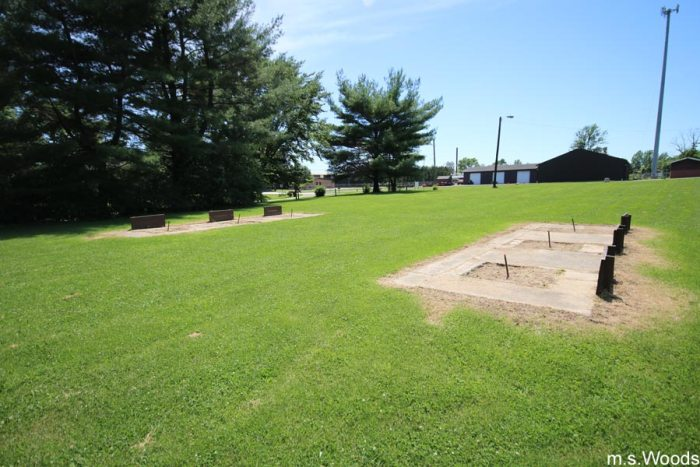 horseshoes-at-old-town-park-mooresville-indiana