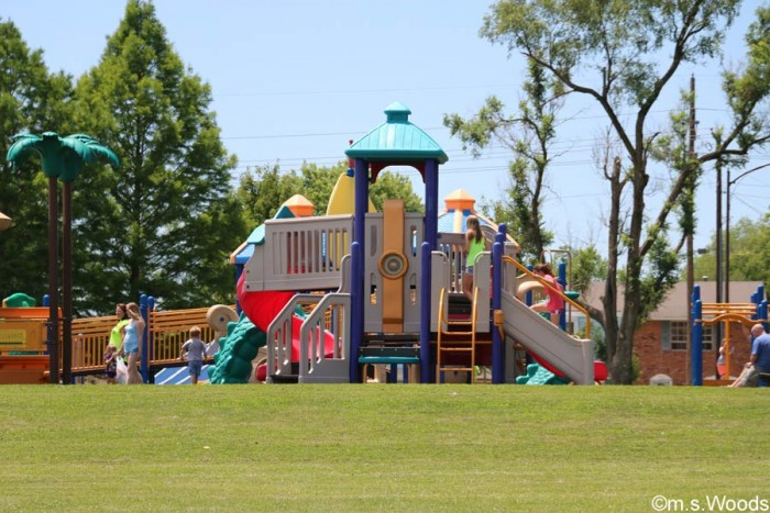 play-area-at-pioneer-park-mooresville-indiana