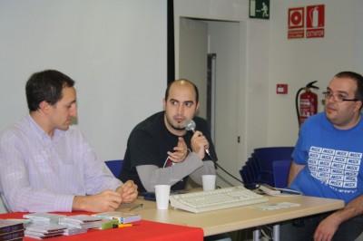 Tres de los participantes en la mesa redonda