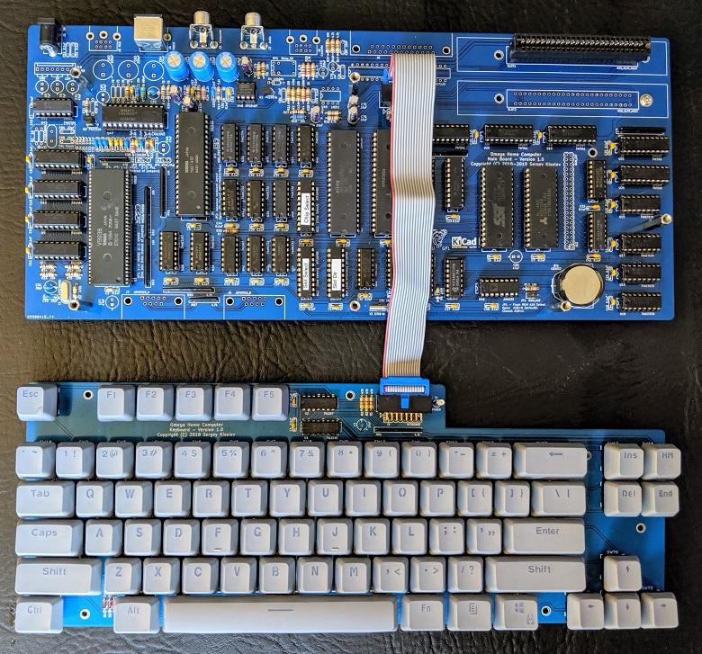 * MSX * LE STANDARD DU FUTUR  - Page 17 PCB-y-teclado-Omega-v1.0