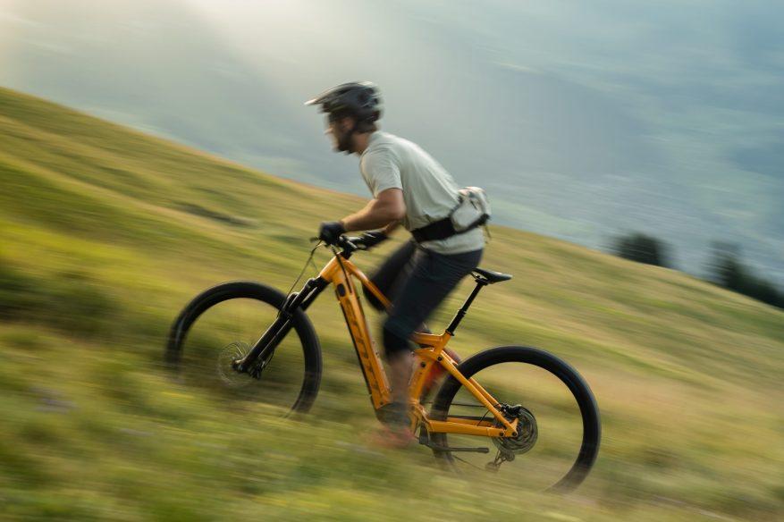 Genius eRIDE_Bike_2021_SCOTT Action Image_by_Martin Steffen_kifcat verbier3-102146
