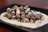 3.Gnocchi di grano Saraceno con fonduta di Casera e porcini di Greta