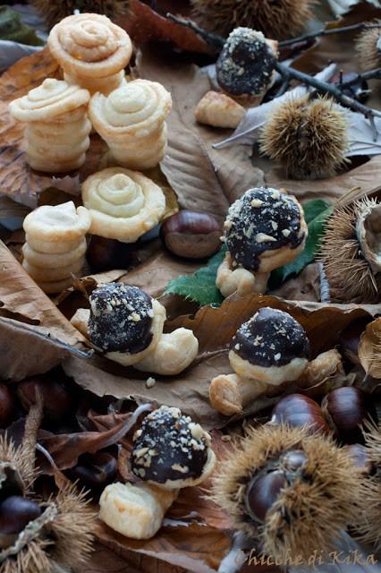 32. Chiara P, Funghetti con bavarese di cachi e pralinato alle mandorle e lumachine con crema al caffè e granella di nocciole
