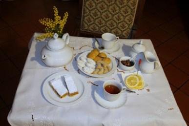 55. dal caffè all'Afternoon Tea di Manuela V.