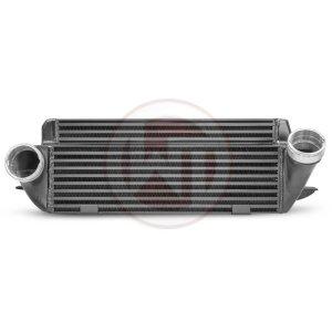 Performance Intercooler Kit EVO 1 BMW E82 - E93 BMW Serie 3 E90/91/92/93 BMW 3er E92 200001023 wagner wagnertuning mondotuning mtelaborazioni The intercooler EVO I  has the following core dimensions (520mm x 210mm x 130mm / stepped = 11.752 cm¶ü )