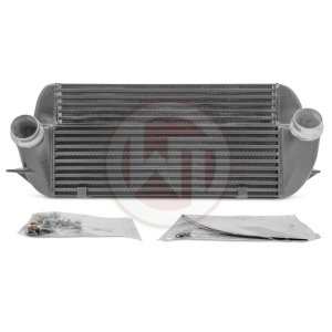 Competition Intercooler BMW  F07/10/11 520i 528i BMW Serie 5 F07 BMW 5er F07 200001092 wagner wagnertuning mondotuning mtelaborazioni The Wagner Tuning Competition Intercooler has the following core size (500mm x 254mm x 110[55]mm / gestuft = 11