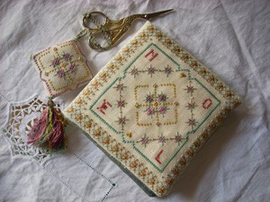 Christmas Sewing Set