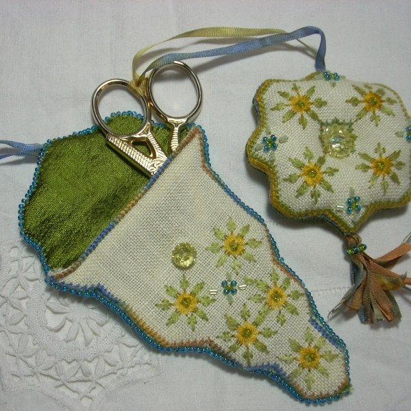 Treasure Feeling Spring Sewing Set