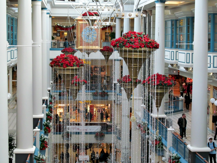 Рождество в торговом центре