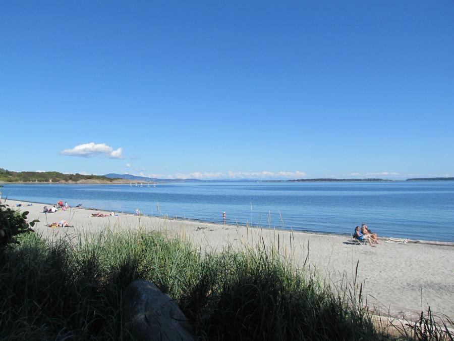 Виктория пляжи