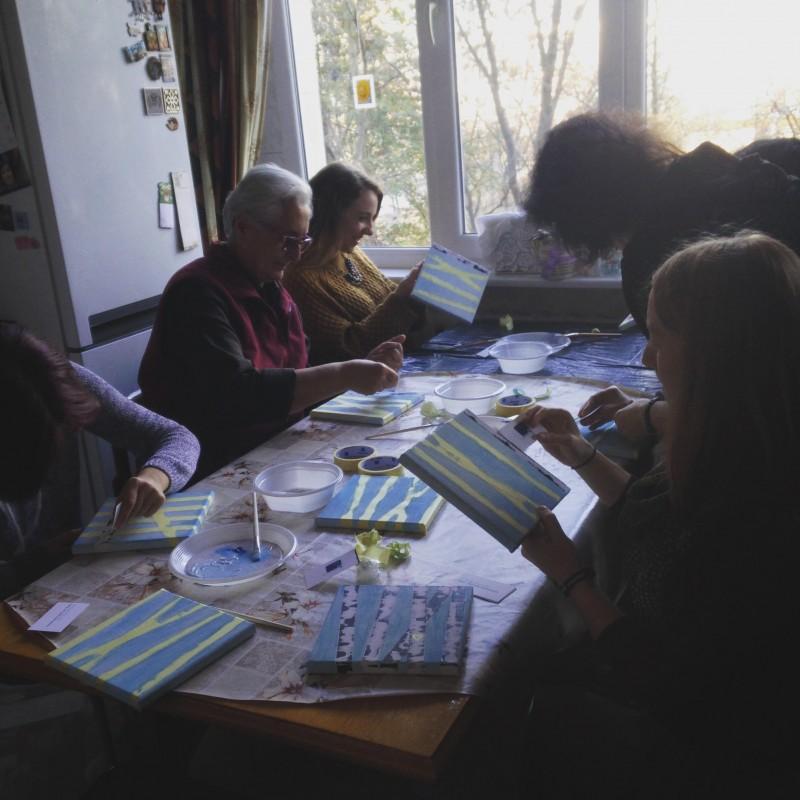 women crafting Nov 2018
