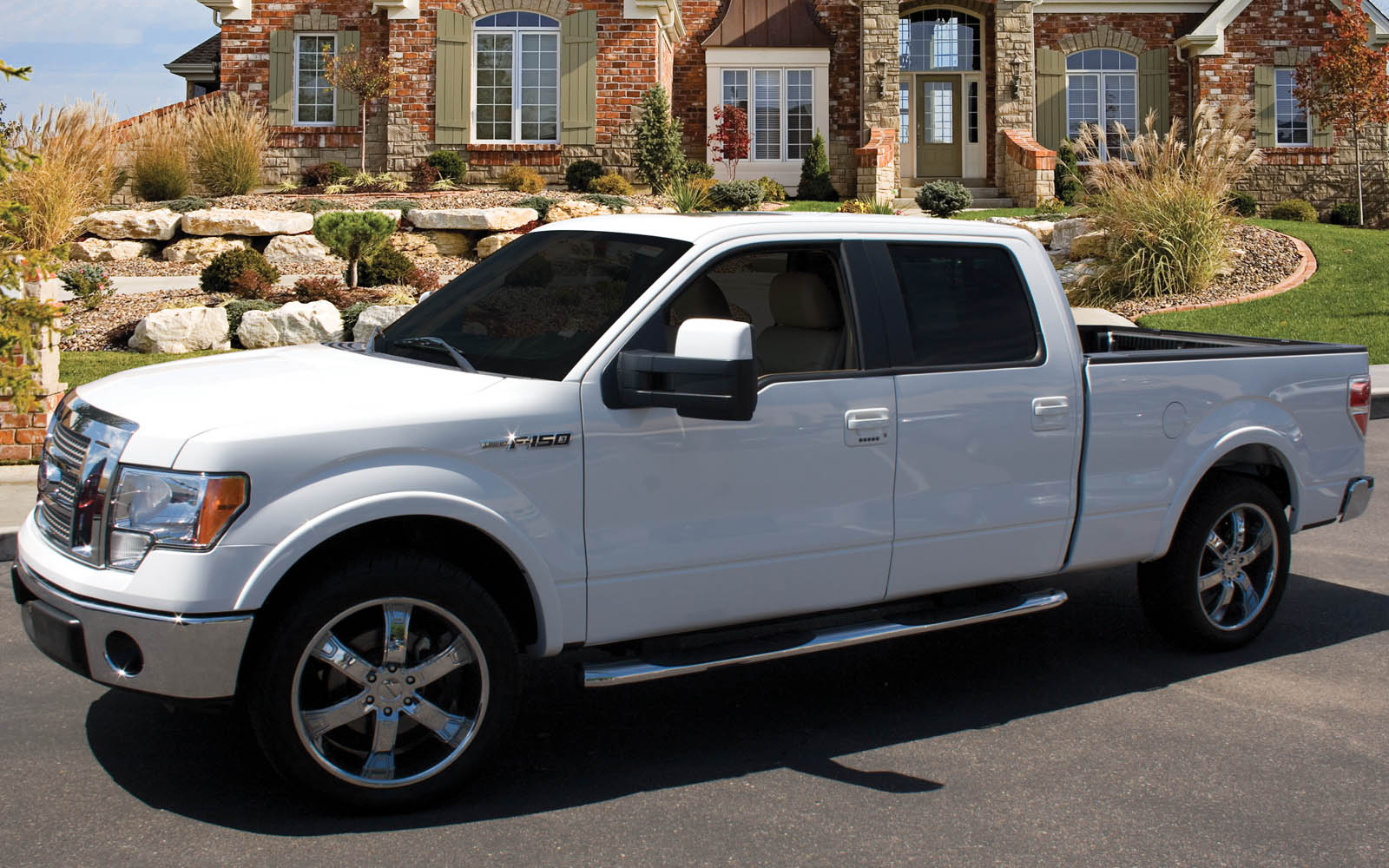 2015 Ford F 150 Super Crew Cab Subwoofer Box