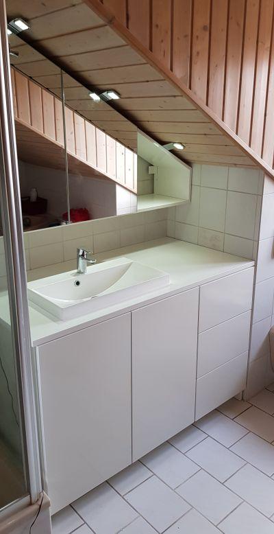 Möbel nach Maß   Schiebetür Badschrank Althegnenberg