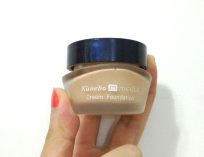 201610-media-cream-foundation-1