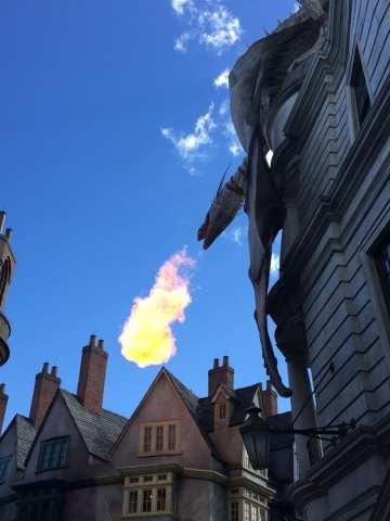 Gringott's Dragon, Universal Orlando