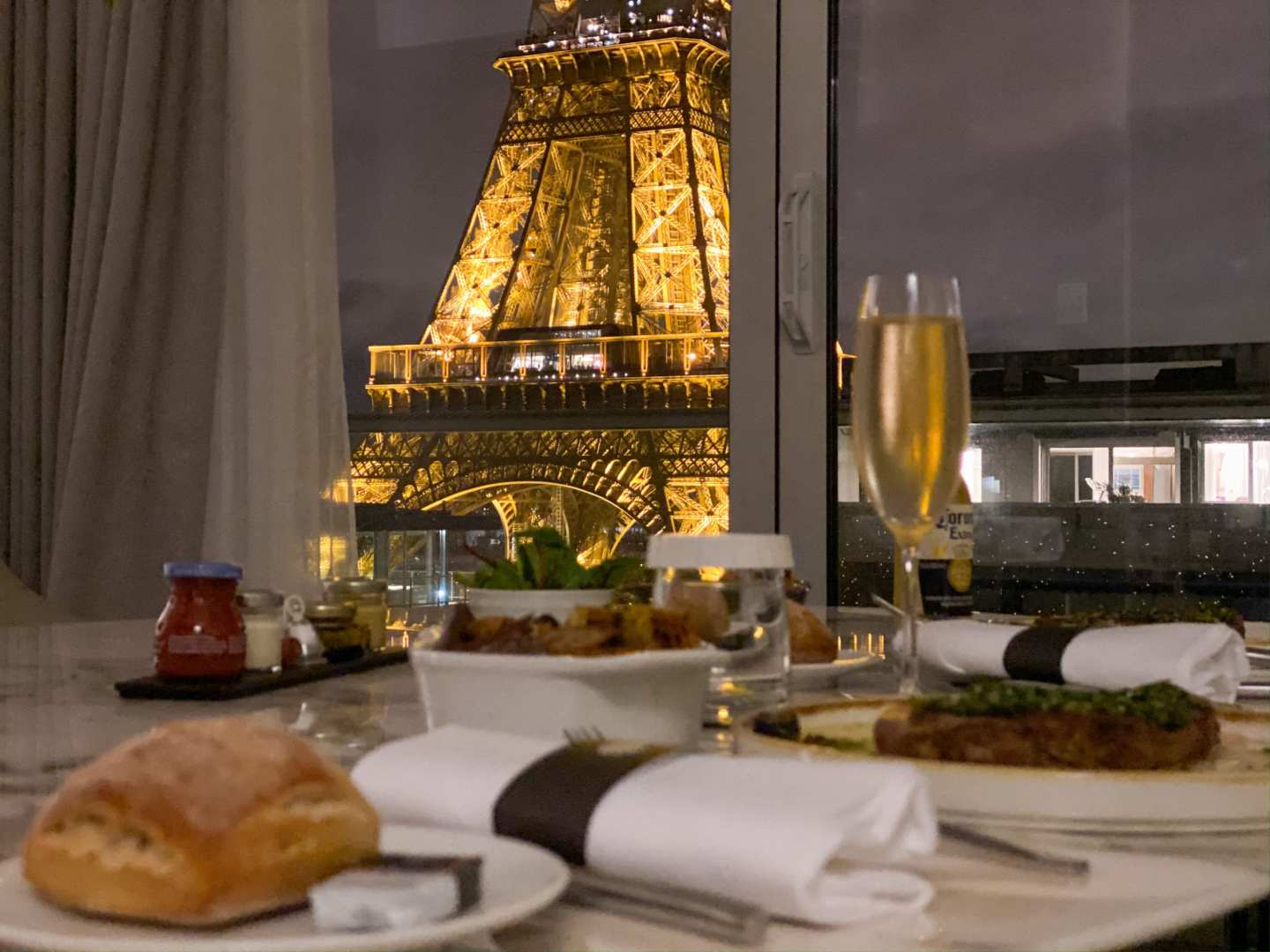 Best View of the Eiffel Tower – Pullman Paris Tour Eiffel Suite Review