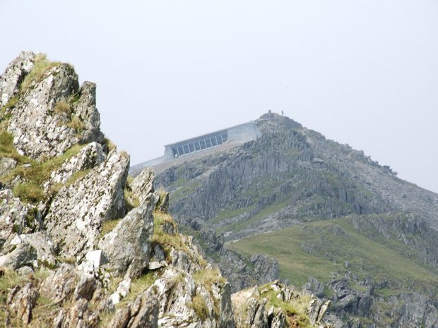 Snowdon_and_Eve_2008_620_108
