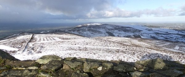 Foel Fenlli and Moel Famau Walk From Bwlch Pen Barras