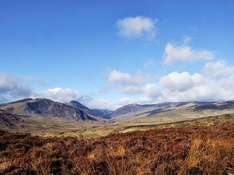 Walk up Creigiau Gleision from Capel Curig and Llyn Cowlyd