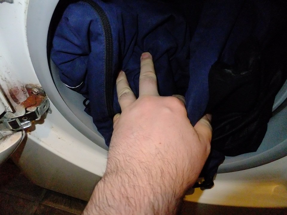 How to Clean and Reproof Goretex and Paramo Waterproof Jackets
