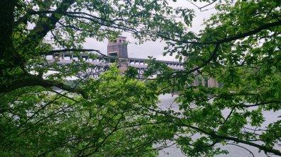 Menai_Bridge_Caernarfon_101