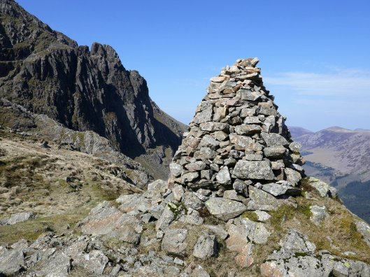 05 - Robinsons Cairn and Pillar Rock