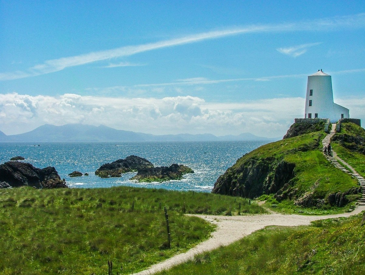 Fall in Love with Ynys Llanddwyn