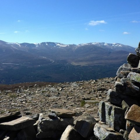 Walk up Meall a'Bhuachaille from Glenmore Lodge