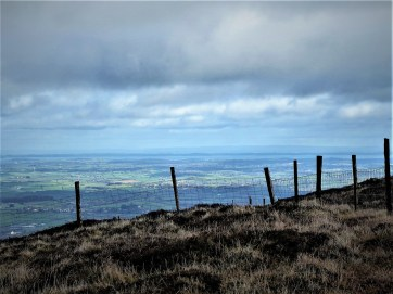 Walk up Slieve Croob via Pass Loaning