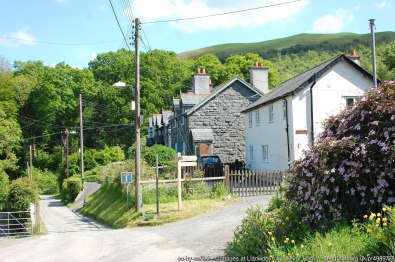 Cottages at Llanwddyn