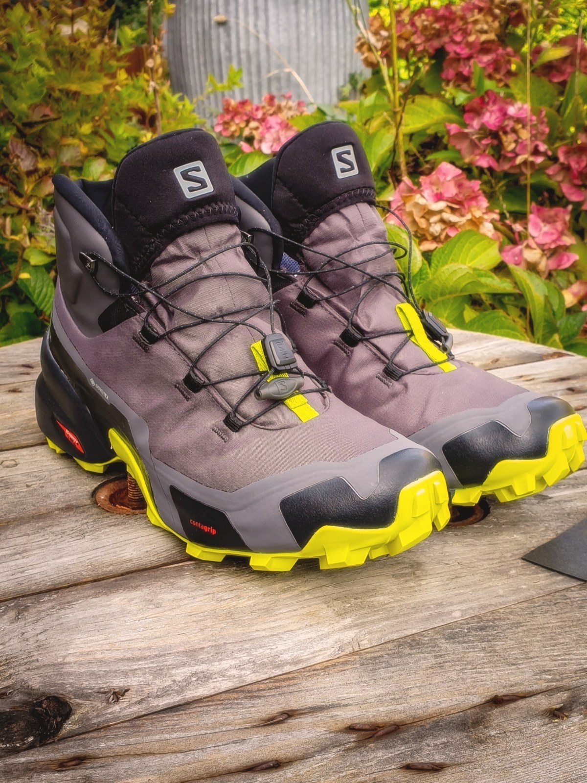 Salomon Cross Hike Mid GTX Review
